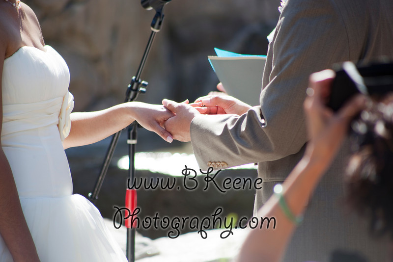 Ngoc&Byron_Ceremony_BKeenePhoto045