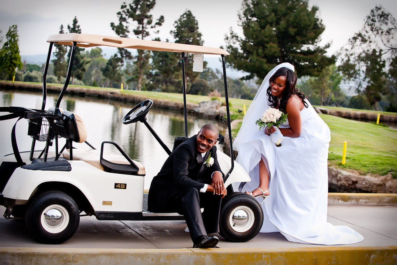 """<a href=""""http://www.wedding.jabezphotography.com/Tips/Fun-Wedding-Photos-Ideas/15404970_VFaoY"""">fun wedding photos</a>, <a href=""""http://www.wedding.jabezphotography.com/Tips/Fun-Wedding-Photos-Ideas/15404970_VFaoY"""">creative wedding photos</a>, <a href=""""http://www.wedding.jabezphotography.com/Tips/Fun-Wedding-Photos-Ideas/15404970_VFaoY"""">fun wedding pictures"""