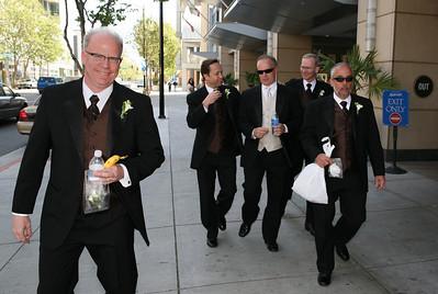 groomsmen & groom_9505