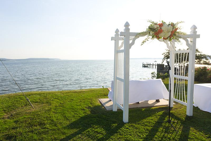 0471-Ceremony-Overlooking-Northeast-River
