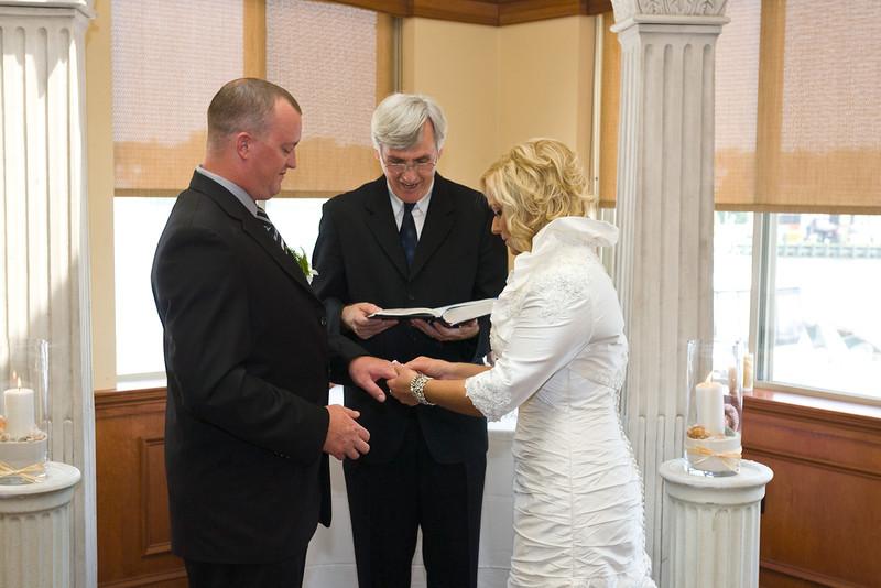 112-Ceremony-Chesapeake-Inn