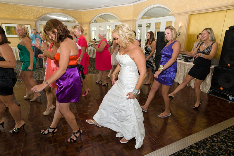 496-Wedding-Reception-Chesapeake-Inn