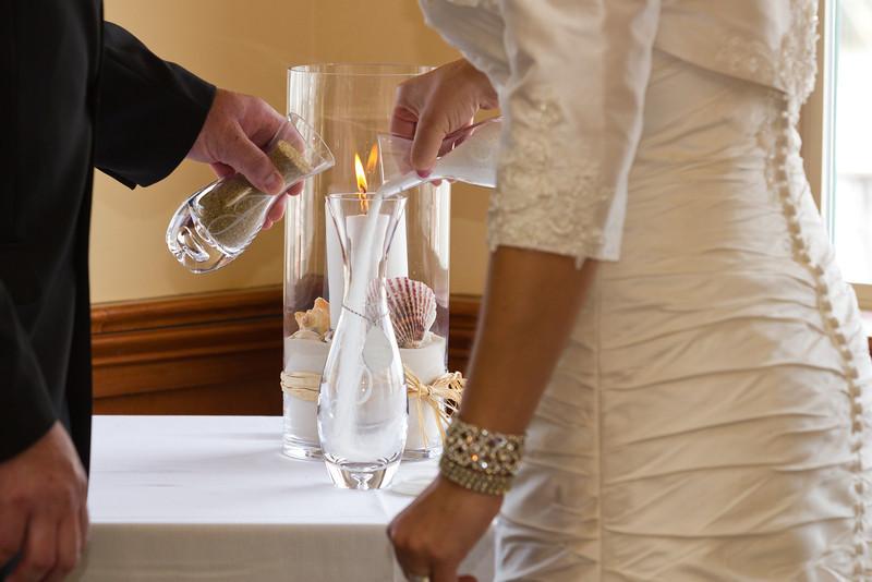 118-Ceremony-Chesapeake-Inn