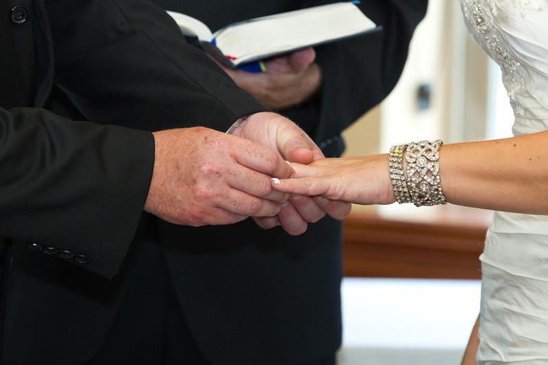 106-Ceremony-Chesapeake-Inn