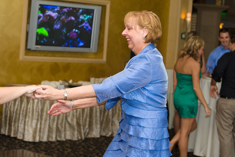 511-Wedding-Reception-Chesapeake-Inn