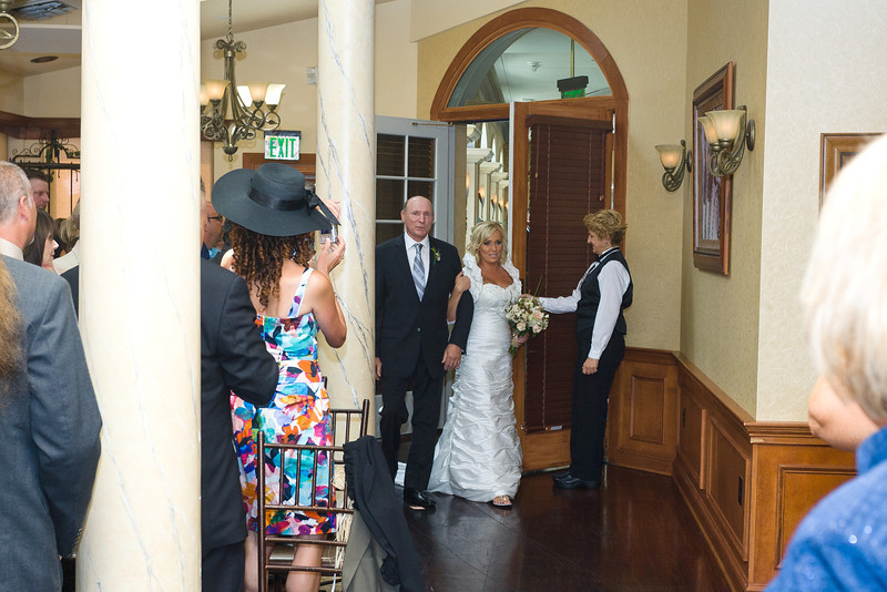075-Ceremony-Chesapeake-Inn