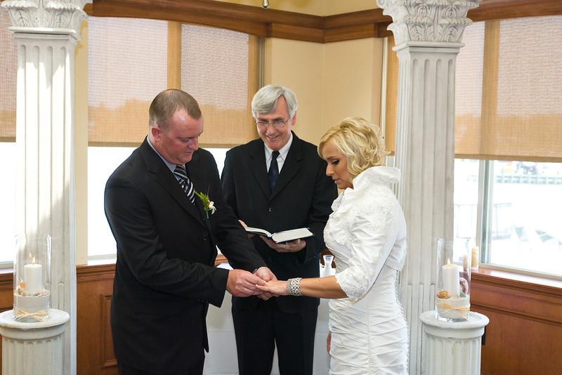 107-Ceremony-Chesapeake-Inn