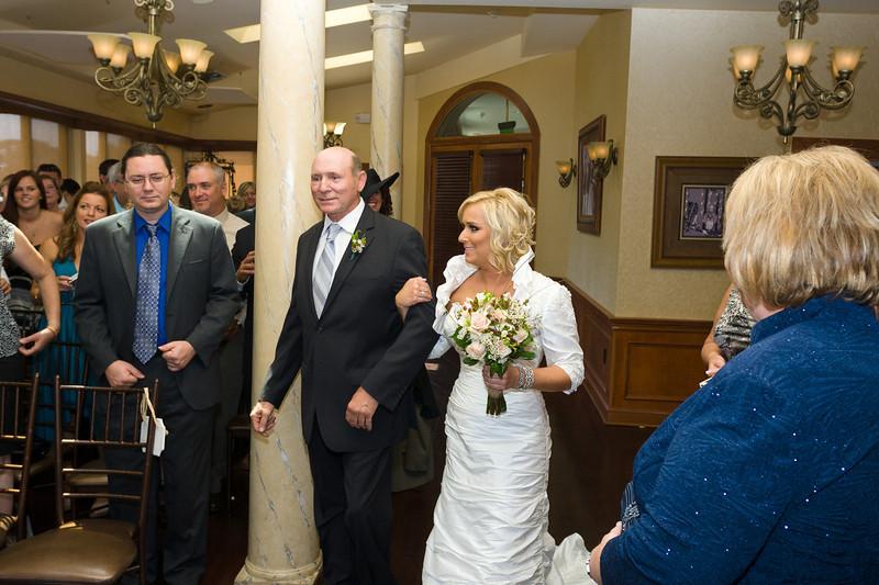 079-Ceremony-Chesapeake-Inn