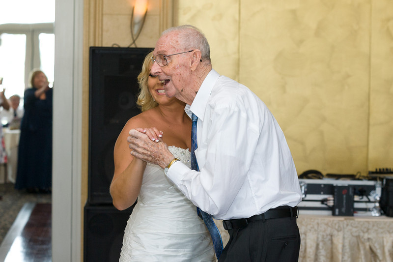 446-Wedding-Reception-Chesapeake-Inn