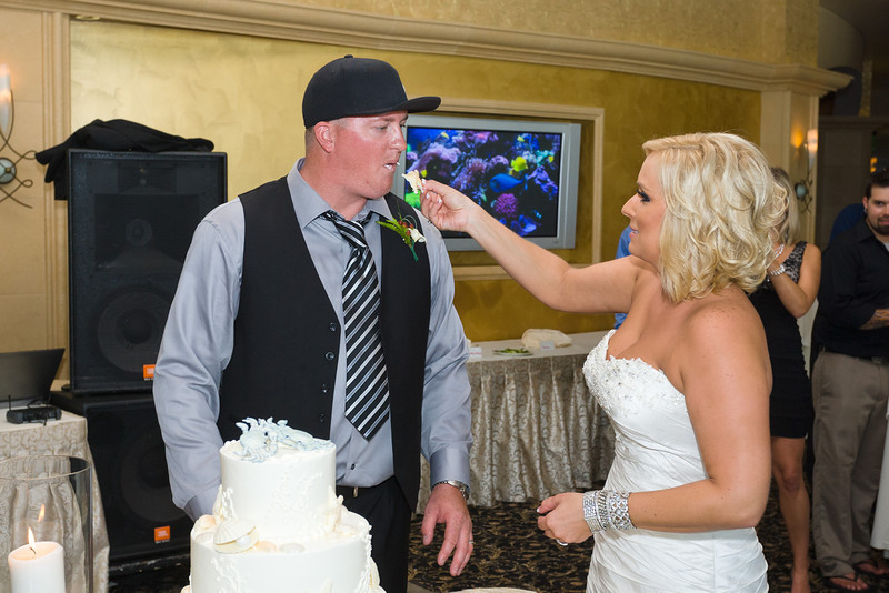 568-Wedding-Reception-Chesapeake-Inn
