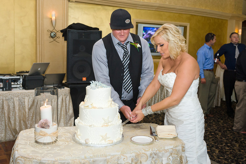 564-Wedding-Reception-Chesapeake-Inn