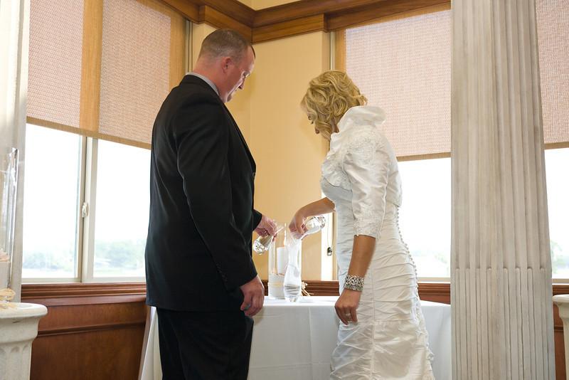 127-Ceremony-Chesapeake-Inn