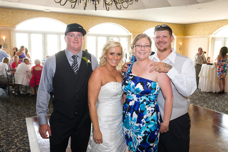 392-Wedding-Reception-Chesapeake-Inn