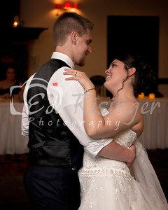 WeddingParty-Maddie-Anthony-first Dance