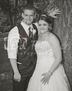 WeddingParty-Maddie-Anthony-TreeBW