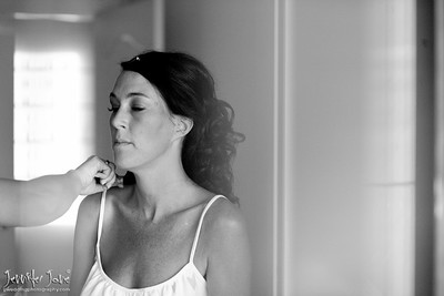 weddings_brides preparation_hair and make up_©jjweddingphotography_com