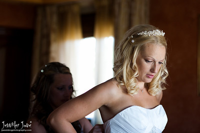weddings_brides preparation_getting dressed_©jjweddingphotography_com