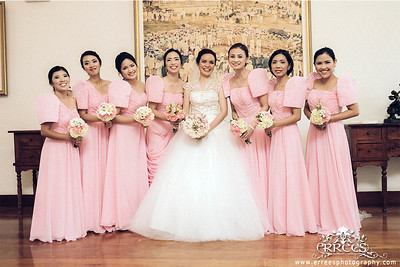 Bride Portrait with the entourage