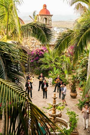 Rachel and Alex, Hacienda Cerritos, Mexico