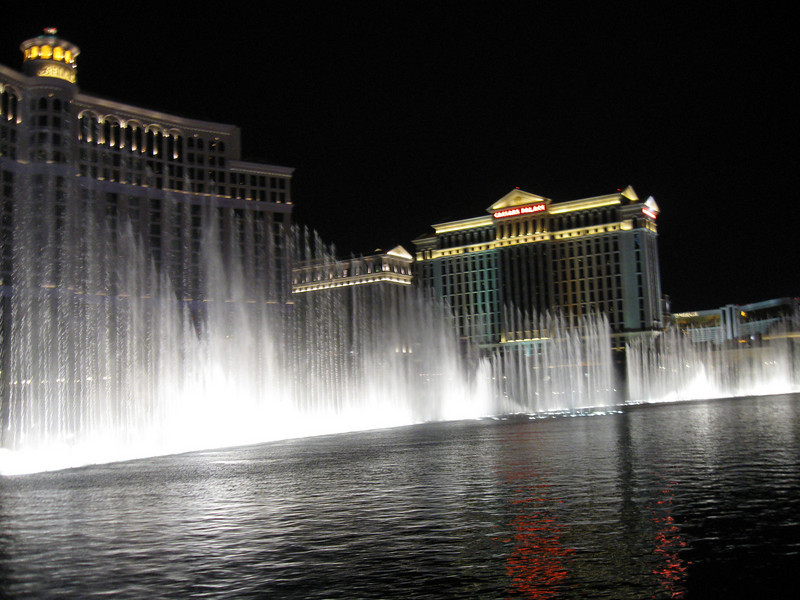 Bellagio Fountain Water Show goes off every half hour
