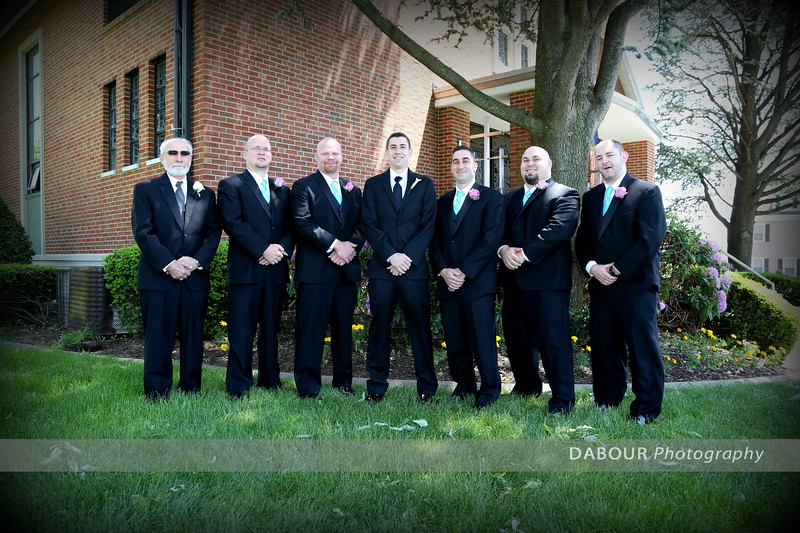 Formal photographs or Ashley & Matt and their wedding party and families on their wedding day. © 2013 DABOUR Photography