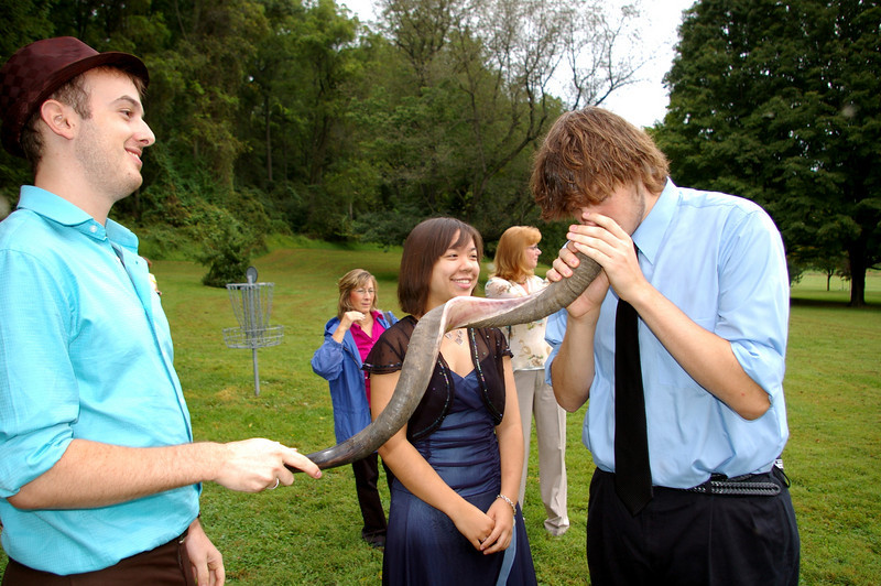 Michael encouraged everyone possible to smell the shofar.  Jordan was not as repulsed as some.