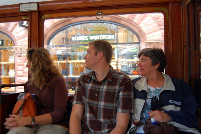"""Hey look!!"" On the historic trolley in fancy östermalm"