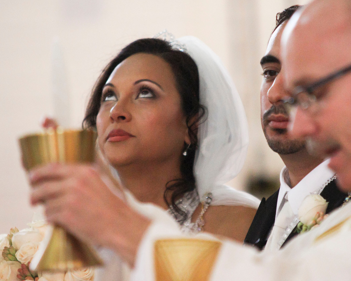 dmartinez-20111001-reyeswedding-0129