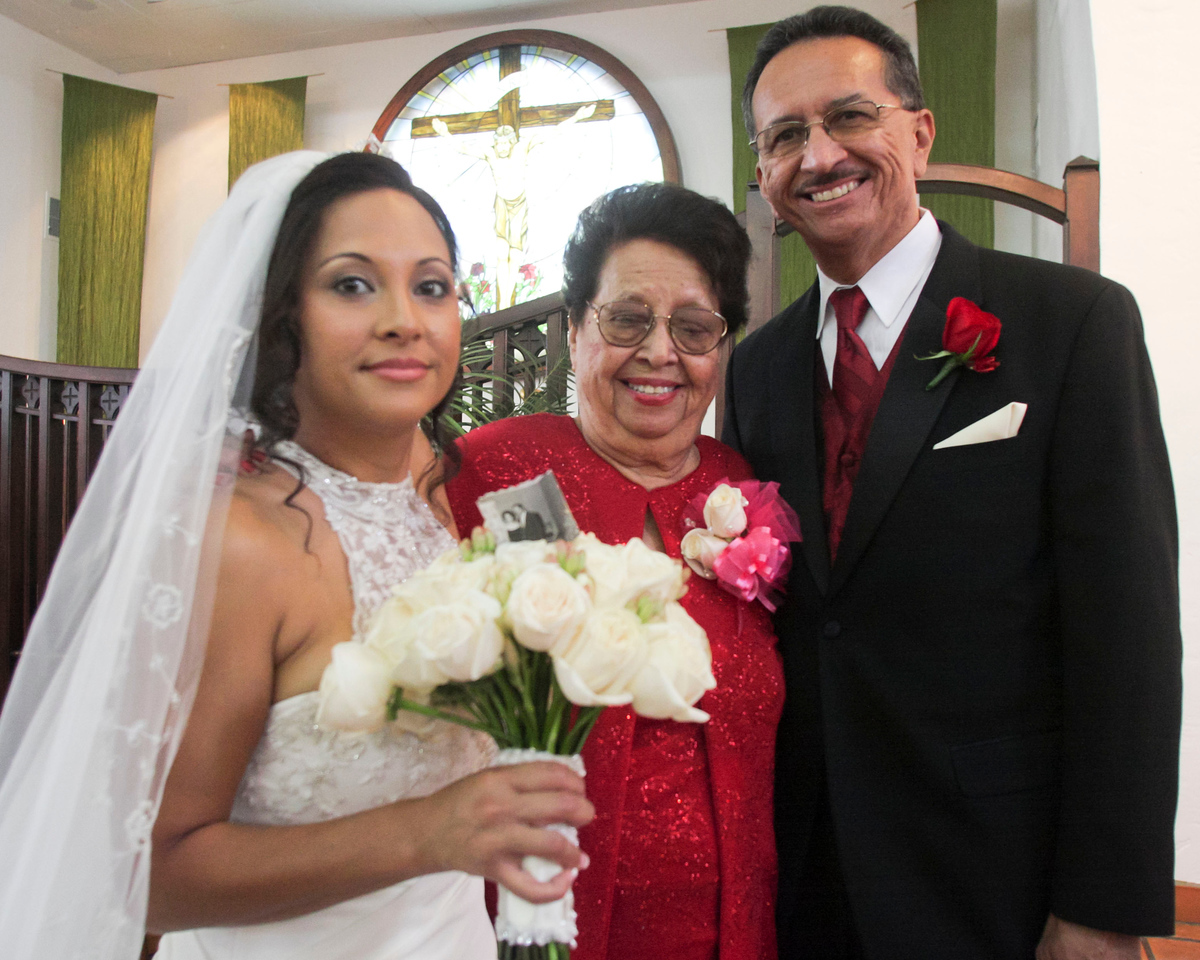 dmartinez-20111001-reyeswedding-0168