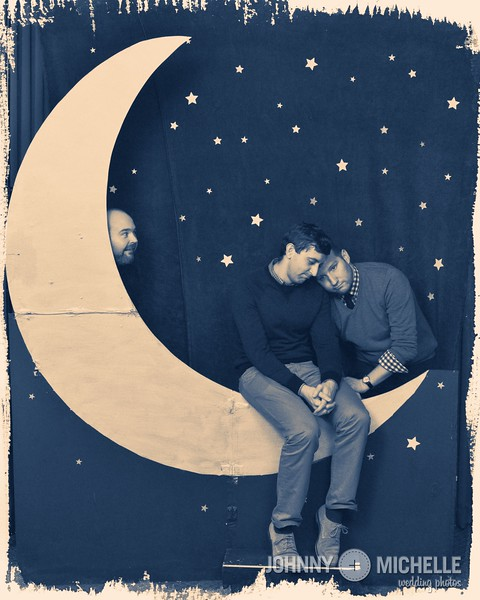 Ron & Micah: paper moon photobooth