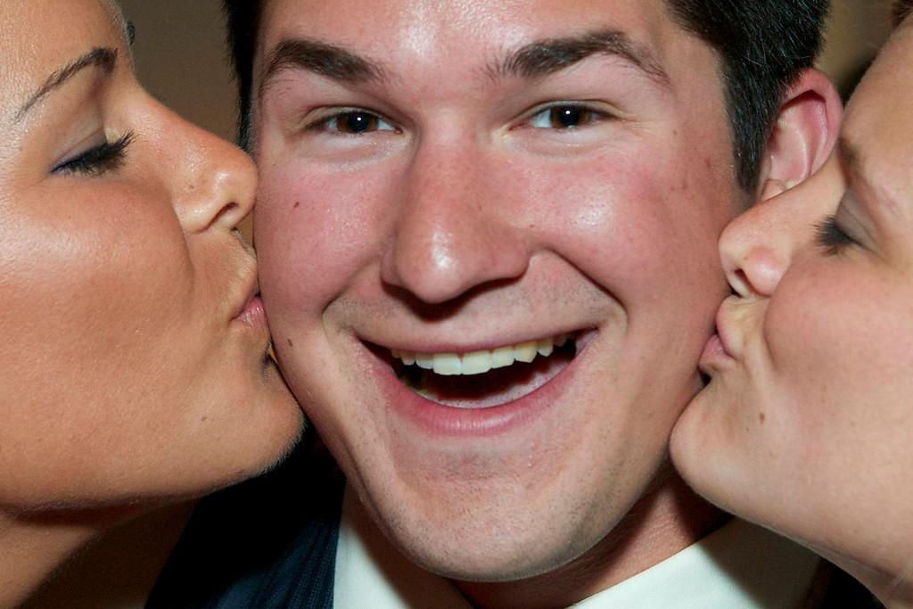 Secrete of getting the ladies ????  No eyes !