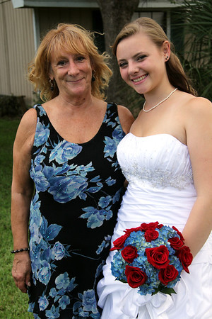 FORMALS WEDDING PARTY AND FAMILY (44)