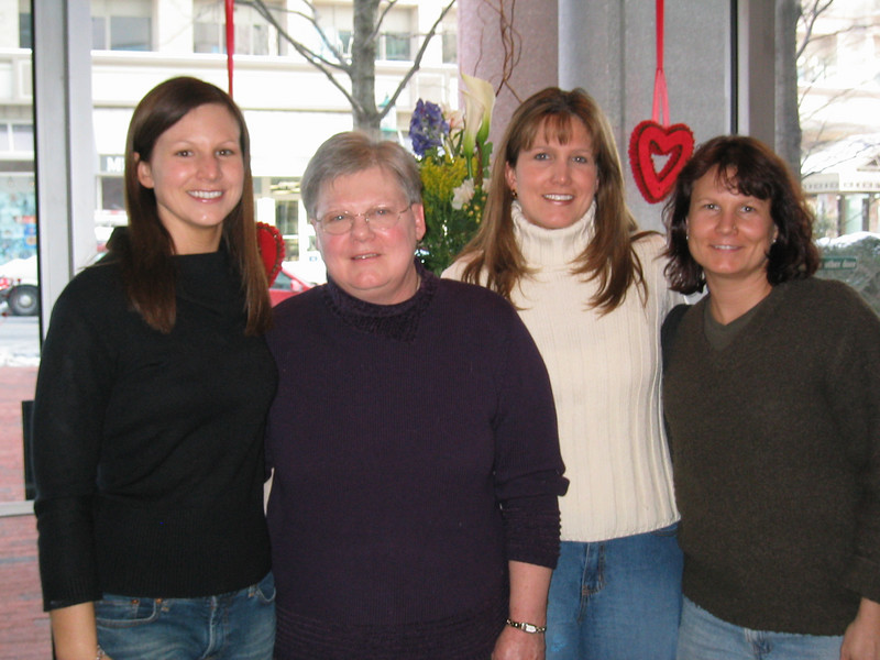Sally, Mom, Amy and Laura