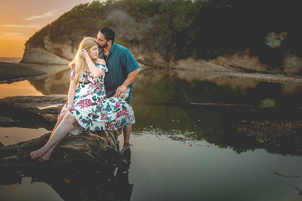 Sam & Lindsay - Engagement Collection