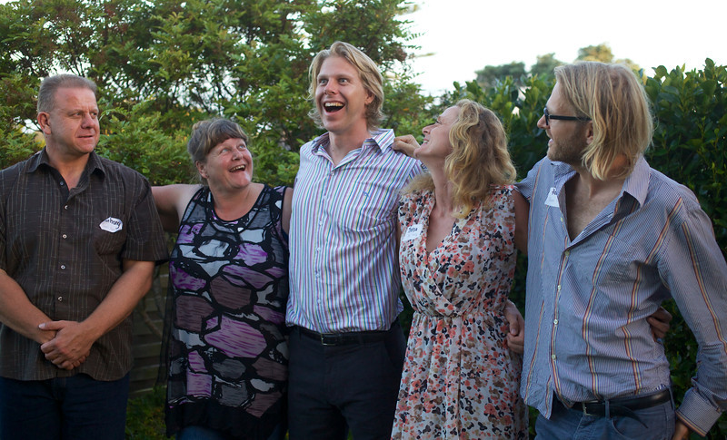 Anthony 1962, Kim 1963, Sam 1985, Theresa 1967, Hamish 1979<br /> <br /> At 185cm (6ft1inch) I am the short son of the family!