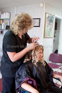 Samantha & Jeff_SM_081311_getting ready0016