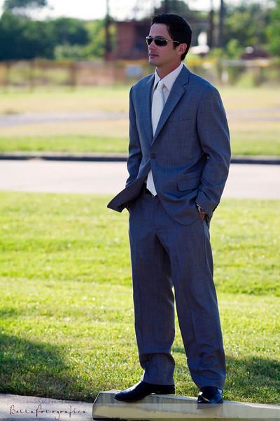 1-Sam-Wedding-GettingReady-10022010-096