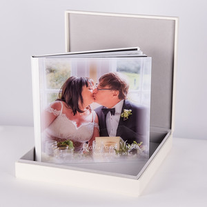 Photo Album White Leatherette with Crystal Cover & Box
