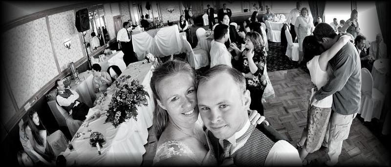 "<a href=""http://www.wedding.jabezphotography.com/Weddings/San-Pedro-101-April-Jeremiah/7345971_a2jvX"">Ports O Call</a>"