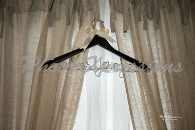 hanger_0033