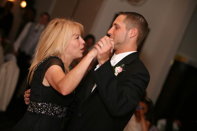 wedding-sarahandjames-05302009-486