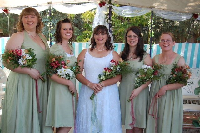 Shana's bridal party - Me as Matron of Honor, her eldest daughter Katrina, Shana the bride, her youngest daughter Gabrielle, & Becky.