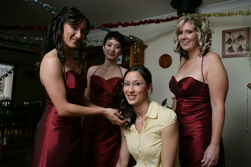 Sarah, Julie and Cara prepare to get Lisa ready for the big day.