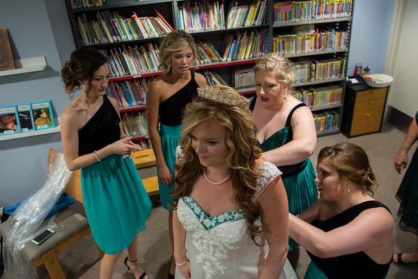03SR Bride Pre-Ceremony