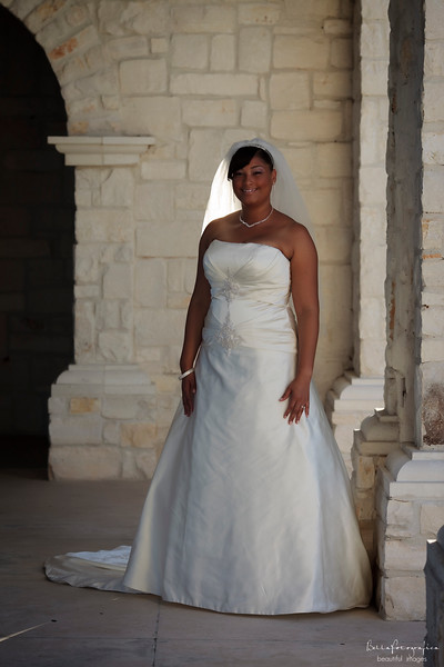 Shonte-Bridal-11012009-07