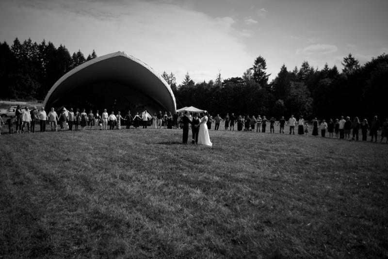Phil-and-Jen-wedding-190-9380