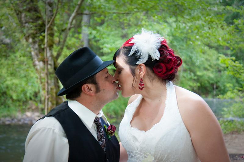 Phil-and-Jen-wedding-322-9740
