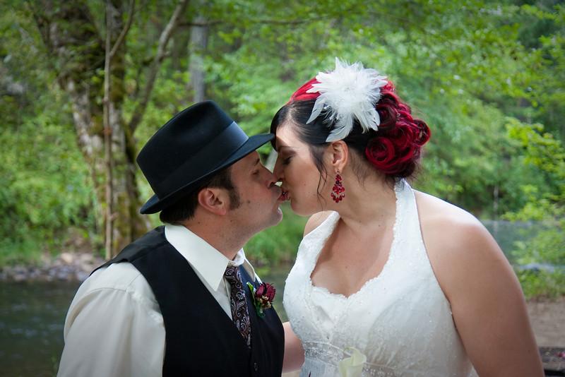 Phil-and-Jen-wedding-323-9741