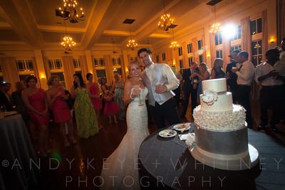 AK+W - Cake, Bouquet & Garter-24