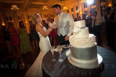 AK+W - Cake, Bouquet & Garter-15